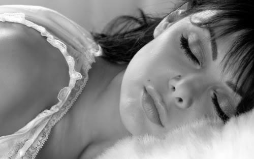 la importancia de dormir para no tener hambre